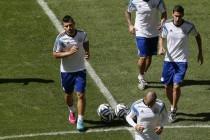 Di Maria povrijeđen, Aguero zauzima njegovo mjesto