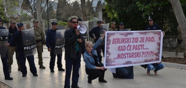 Mostarski protesti i dalje traju:  Fašisti su na vlasti!