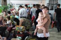 U Ukrajini svoje domove napustilo više od 400.000 ljudi