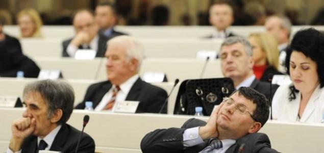 Poslanici i delegati u BiH među najplaćenijim u Evropi