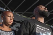 Ferguson: Otac ubijenog Michaela Browna pozvao na tišinu