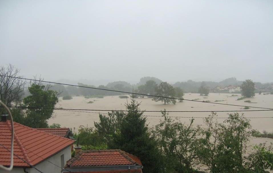 Poplave u Srebreniku: Evakuacija u naselju Bare