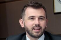 Dennis Gratz: Usklađuju zakon sa uredbom, a nadležni ministar nema komentara