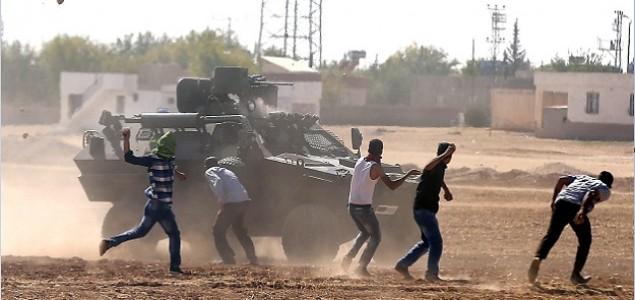 Prosvjedi u Turskoj: Kurdi na ulicama traže potporu Kobaneu, poginulo devet osoba