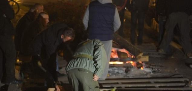 Branitelju koji se zapalio pred Ministarstvom opečeno 40 posto tijela, ali je van životne opasnosti