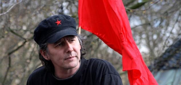 Crvena krpa pod Dubravkinim nosom