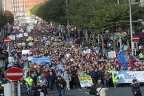 U Irskoj 100.000 ljudi na ulicama zbog  poskupljenja  vode