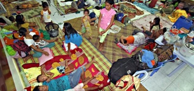Pola miliona Filipinaca strahuje za živote pred naletom tajfuna