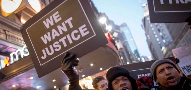 Protestni marš u Vašingtonu, najmanje 10.000 ljudi