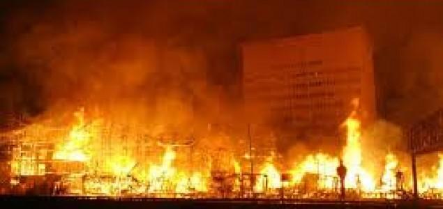 Los Angeles: Veliki požar u centru grada je vjerovatno podmetnut