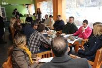 Klub novinara Tuzla organizovao protesnu kafu u BKC-u