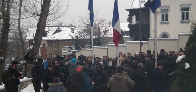 Bh. intelektualci o napadu u Parizu:  Očekujmo divljanje desnice i represiju javne riječi