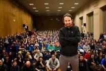 FENOMEN 'CRVENOG' PODEMOSA U godinu dana postali najjača politička stranka u Španjolskoj
