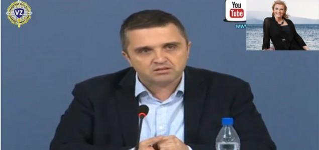 Slobodan Dukić: Delije na falusu