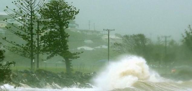 Australiju pogodila dva uragana – nema ljudskih žrtava