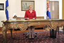 Predrag Lucić: Šakom o Tuđmanov stol!