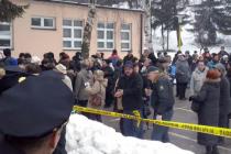 Dvije radnice povrijeđene u pokušaju da probiju policijski kordon ispred Skupštine TK