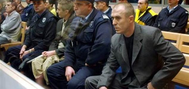 Slobodan Dukić: Tajni život kučkara Tonija