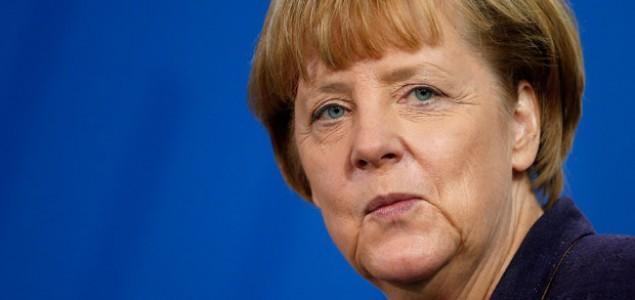 Merkel: Suočiti se sa zločinima