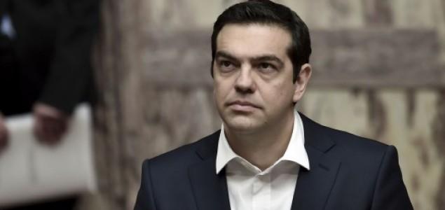 Grčki premijer Alexis Tsipras podnio ostavku, u Grčkoj prijevremeni izbori
