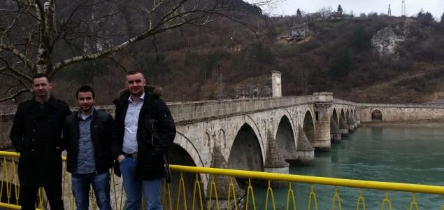 """Koalicija """"Prvi mart"""": Pripremiti lokalne zajednice za izbore 2016. godine"""
