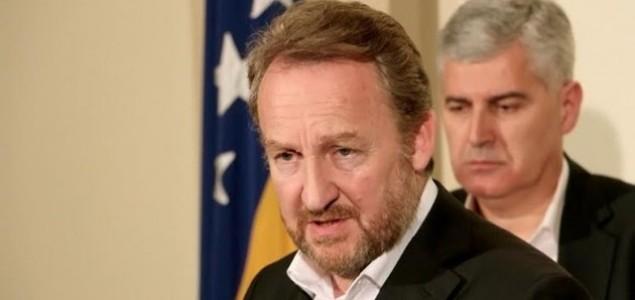 Slavo Kukić: Na Izetbegoviću je izbor između postupanja kratkovidnog političara i poteza državnika