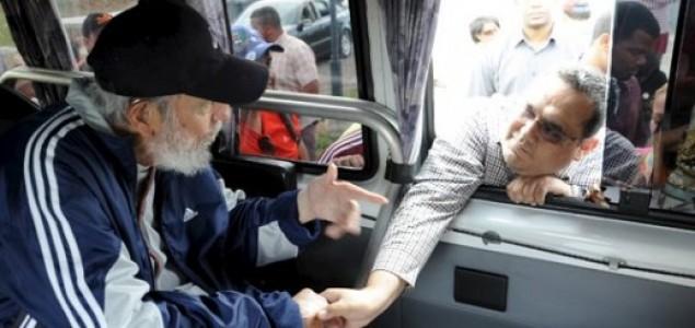 Fidel Castro u javnosti prvi put nakon 15 mjeseci