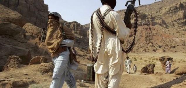 Pakistan: Ubijeno najmanje 19 putnika