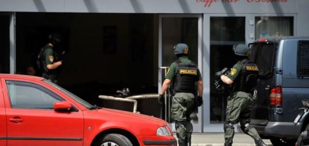Hapšenja kriminalaca u centru Sarajeva