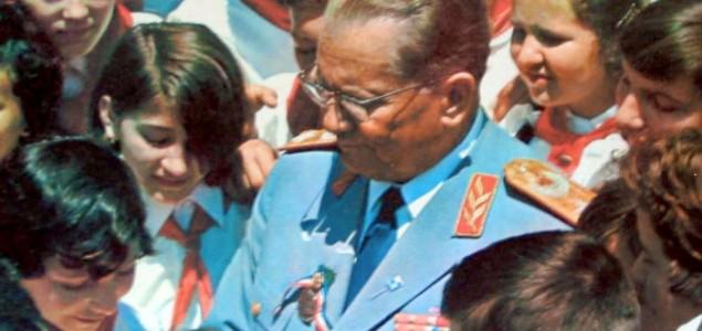 """Djevojčica, """"Naš Tito"""" i Kolindica"""
