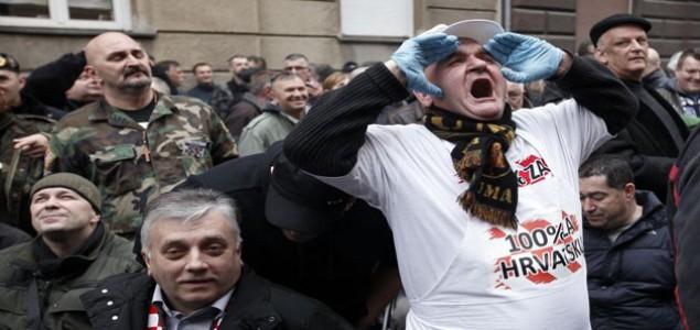 Eksplozija gluposti na valu državnog udara