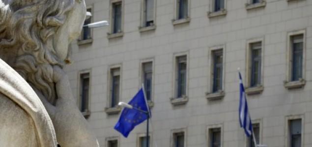 Grčke banke pred kolapsom, građani pojačano povlače novac
