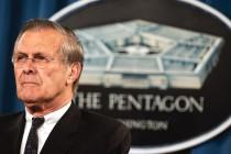 Donald Rumsfeld: Bush nije trebao nametnuti demokratiju Iraku