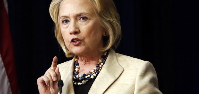 Hillary Clinton optužena da je otkrivala povjerljive informacije i ugrozila sigurnost SAD-a