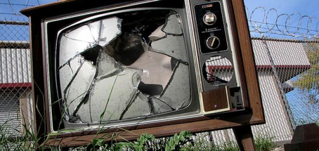 ATV I FACE TV: KAKO RAZBITI LJETNU MONOTONIJU? REFERENDUMOM ILI EMIROM SULJAGIĆEM?