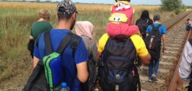 Sa izbeglicama na mađarskoj granici: Ograda nas neće zaustaviti