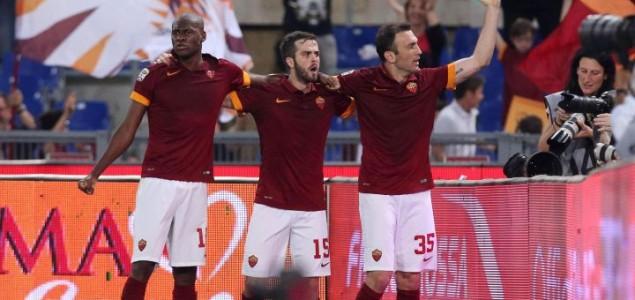 Bosanski čudotvorci Pjanić i Džeko ponizili Juventus