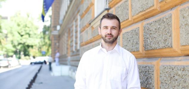 Gratz: Sarajevocentrična kulturna politika Federacije je destrukcija države
