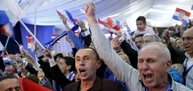 Izbori u Hrvatskoj: Lijeva i desna koalicija gotovo izjednačene