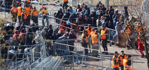 Češka šalje policajace u Makedoniju i Mađarsku da pomognu na granicama