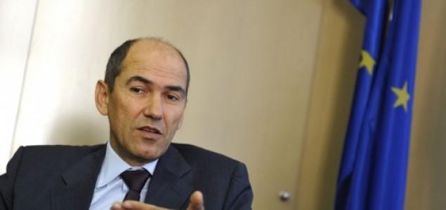 Janša najavio mogućnost samoorganiziranja građana ako Cerar ne zaustavi migrantski val
