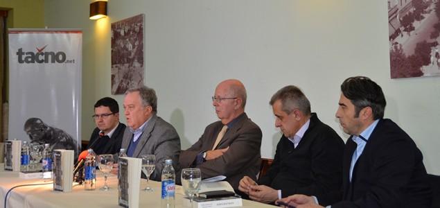 """Predstavljena knjiga """"Istina iza vrata"""" Zlatka Dizdarevića i Tomislava Jakića u Mostaru"""