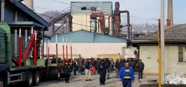 Radnici Krivaje ponovo blokirali Zavidoviće, traže raskid ugovora s ortačkom grupom