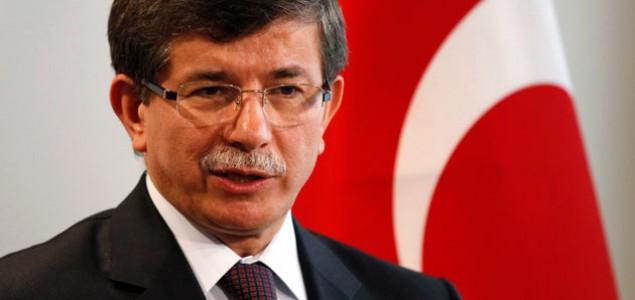 Davutoglu: Turska spremna da sarađuje s Rusijom