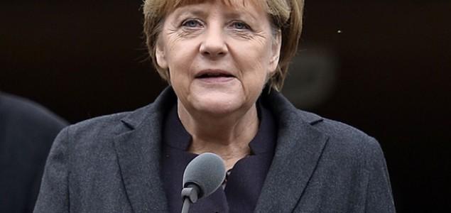 Merkel: Ubrzati proces deportacije migranata