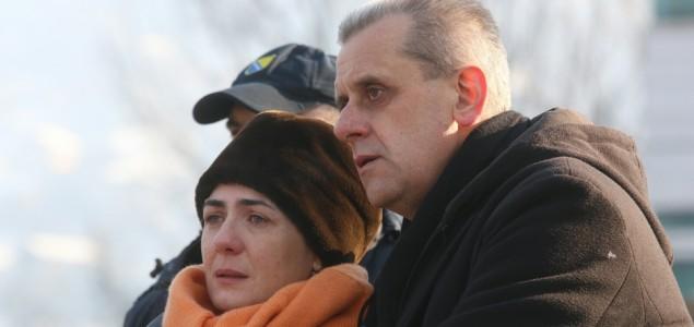 Majka Mahira Rakovca: Hvala svima koji nisu savili kičmu, već se bore s nama za istinu