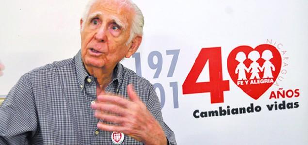 Fernando Cardenal, odlazak teologa osloboditelja