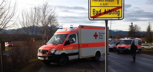 Nekoliko poginulih a više od 150 ozlijeđenih u sudaru vlakova u Njemačkoj