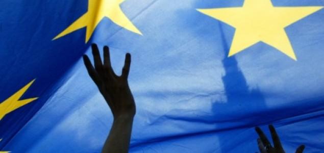 45 posto birača u 8 velikih država EU želi glasati o ostanku