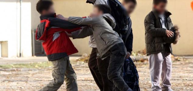 Vršnjačko nasilje: Nasilno ponašanje je problem u kojem mora biti uključeno cijelo društvo